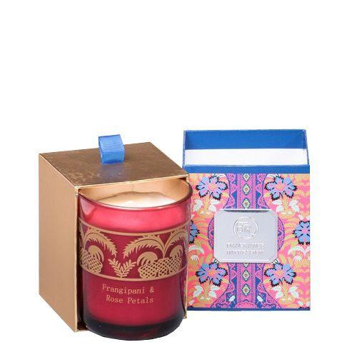 Ароматическая свеча Serenity Франжипан и лепестки роз в подарочной коробке, фото