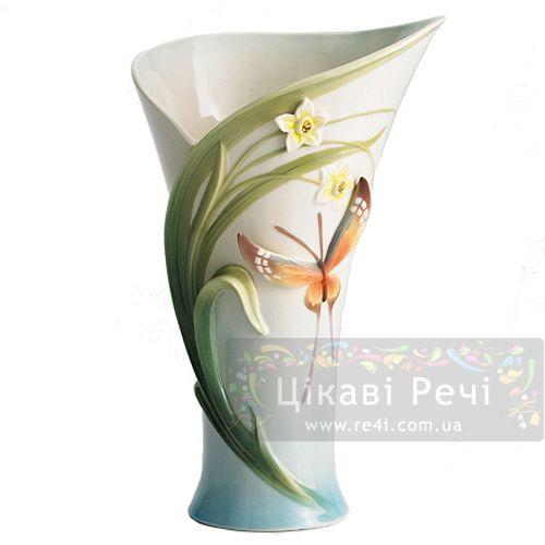 Бабочка: ваза, фото