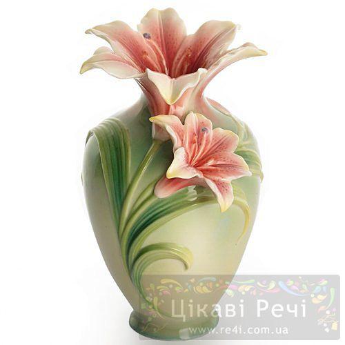 Лилии: ваза, фото