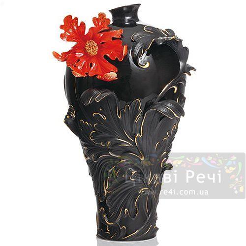 Красная лилия: ваза, фото