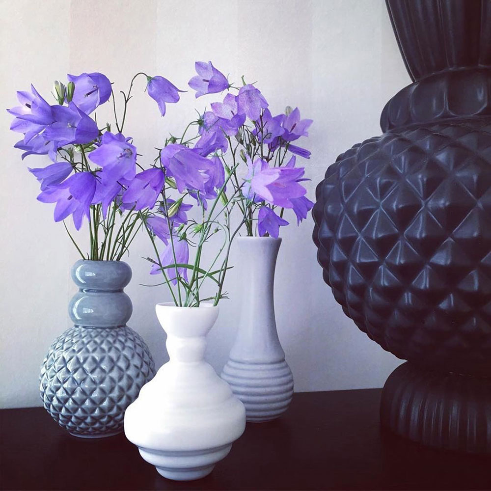 Набор Dottir Samsurium Minibell blue из трех маленьких ваз