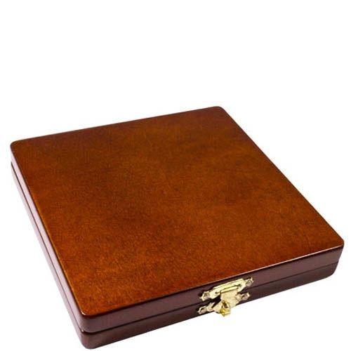 Деревянная коробка с игрой крестики-нолики