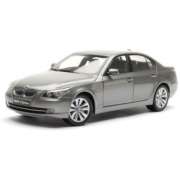 Коллекционная модель Kyosho 1:18 BMW 550i Sedan-Face Lift (E60) Gray