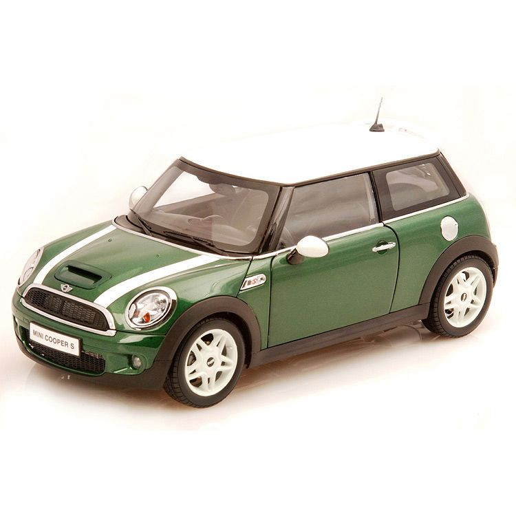 Коллекционная модель Kyosho 1:18 BMW Mini Cooper S (R56) Green w/White Stripe