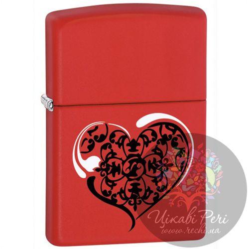 Зажигалка красная матовая Zippo с сердцем, фото