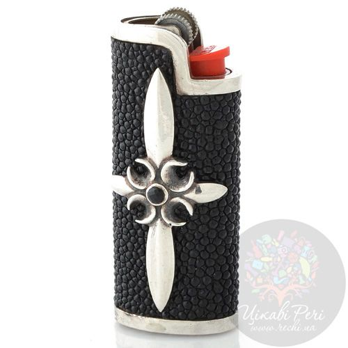 Чехол для зажигалки ElfCraft из серебра и черной кожи ската с ониксом, фото
