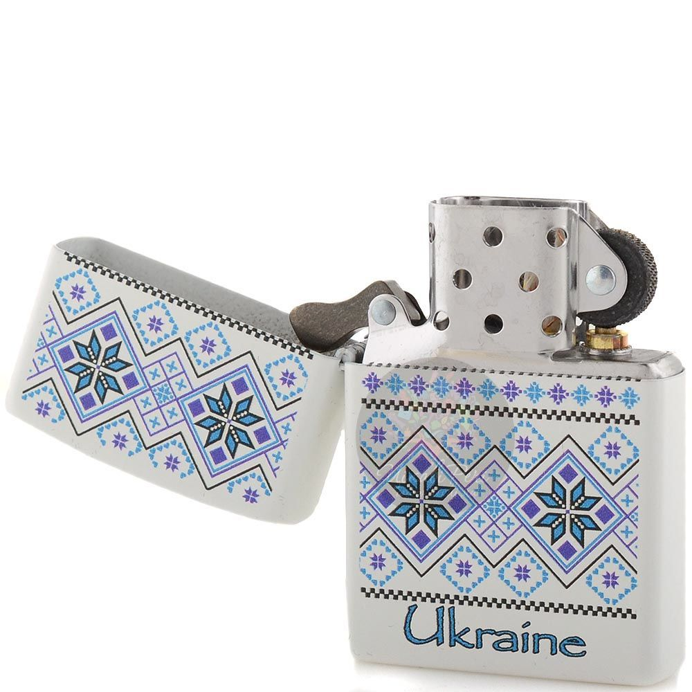 Зажигалка Zippo с синим рисунком в стиле украинской народной вышивки