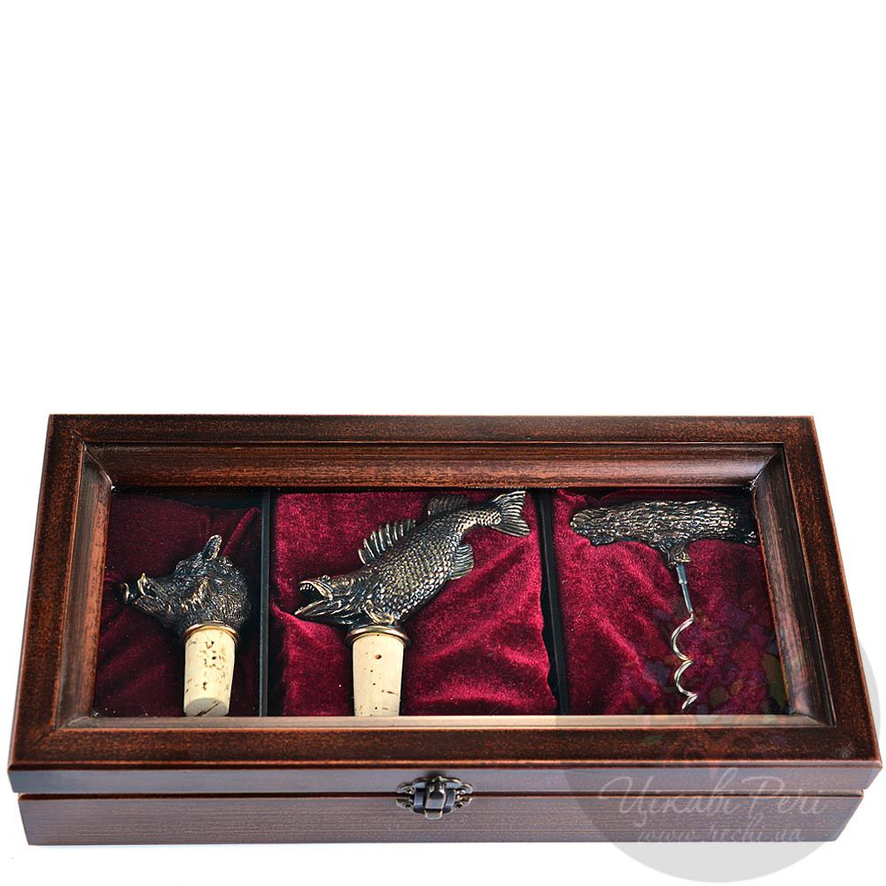 Набор аксессуаров для вина в подарочном деревянном футляре Volkoff