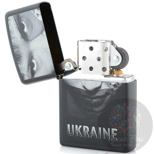 Зажигалка Zippo Ukraine с черно-белым портретом , фото