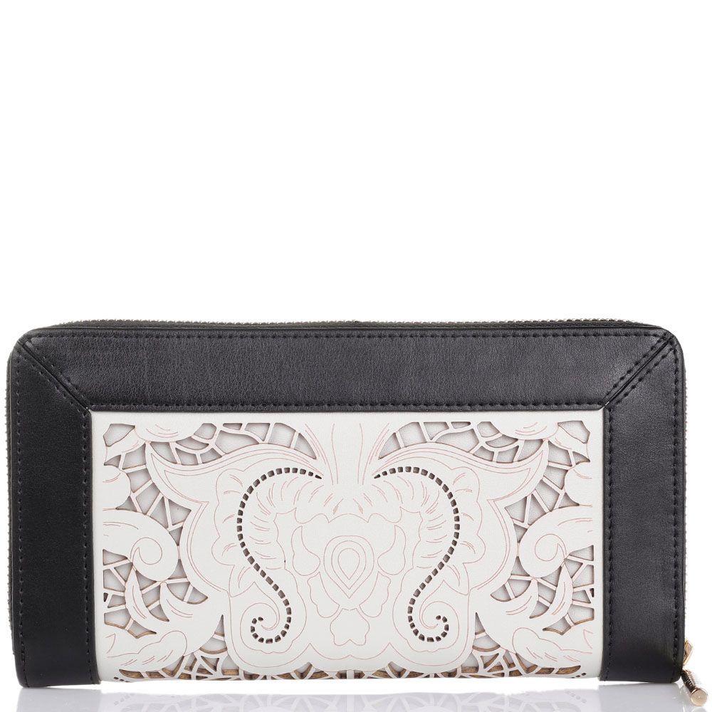 Портмоне женское Cavalli Class Icon Love Lace бежевого цвета с цветочной высечкой и черными деталями по периметру