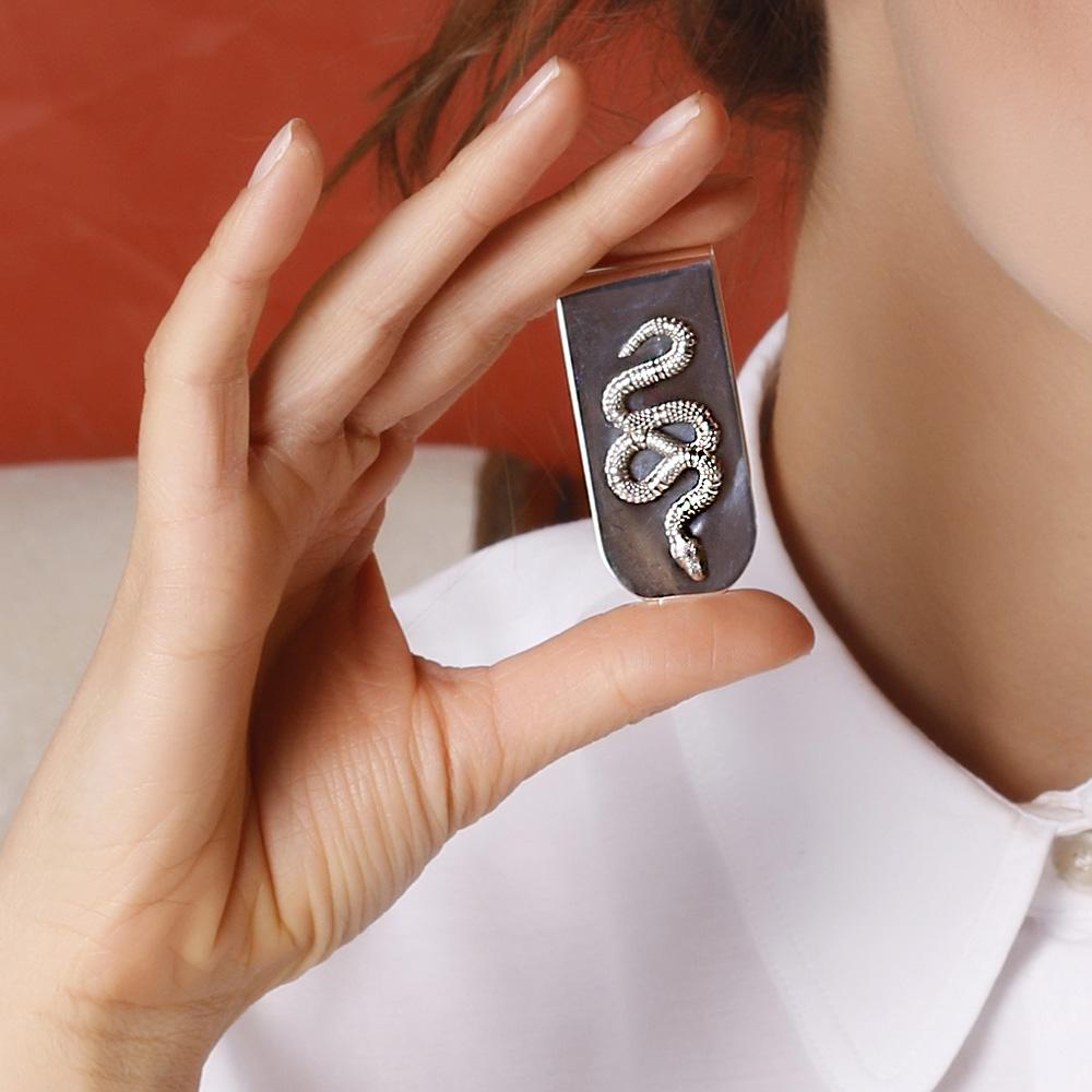 Серебряный зажим для денег Gucci с декором в виде змеи
