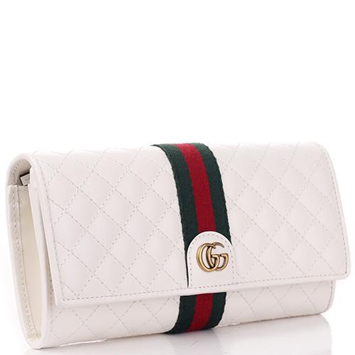 Стеганый кошелек Gucci белого цвета, фото