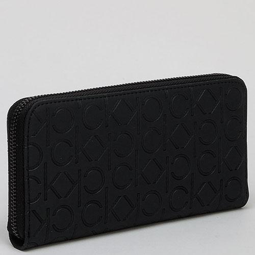 Черный кошелек Calvin Klein с брендовым тиснением, фото