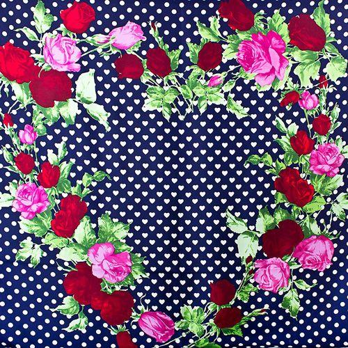 Шелковый платок Eterno темно-синий в белых сердцах с розами, фото