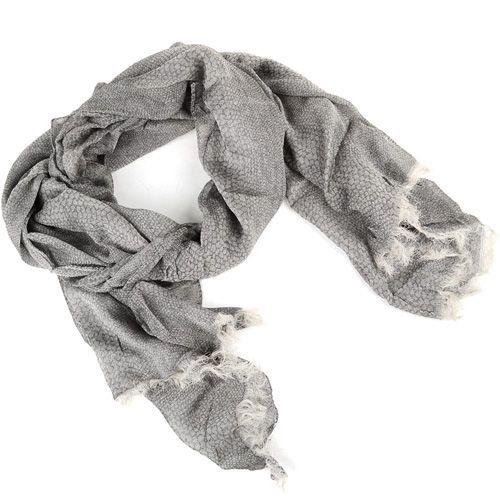 Тонкий мягкий шарф серого цвета с принтом под кожу рептилии, фото