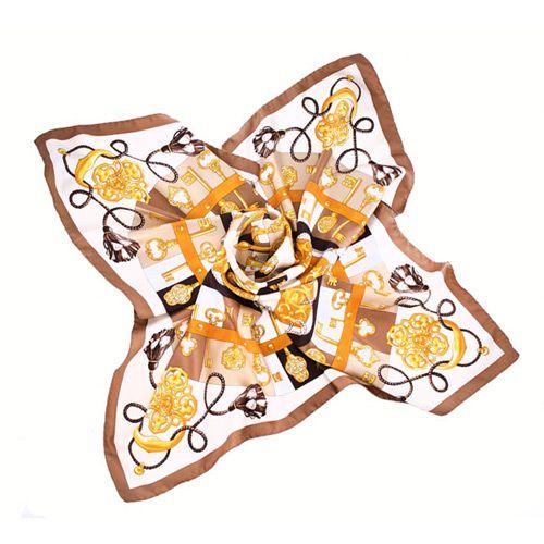Шелковый итальянский платок цвета мокка с модным принтом Fattorseta , фото