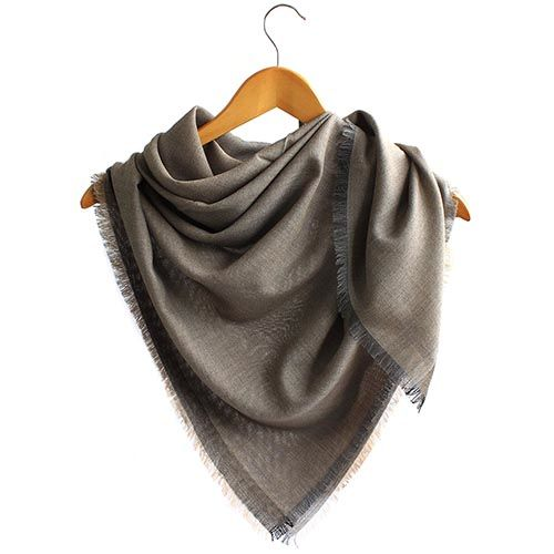 Шерстяная шаль Maalbi цвета капучино