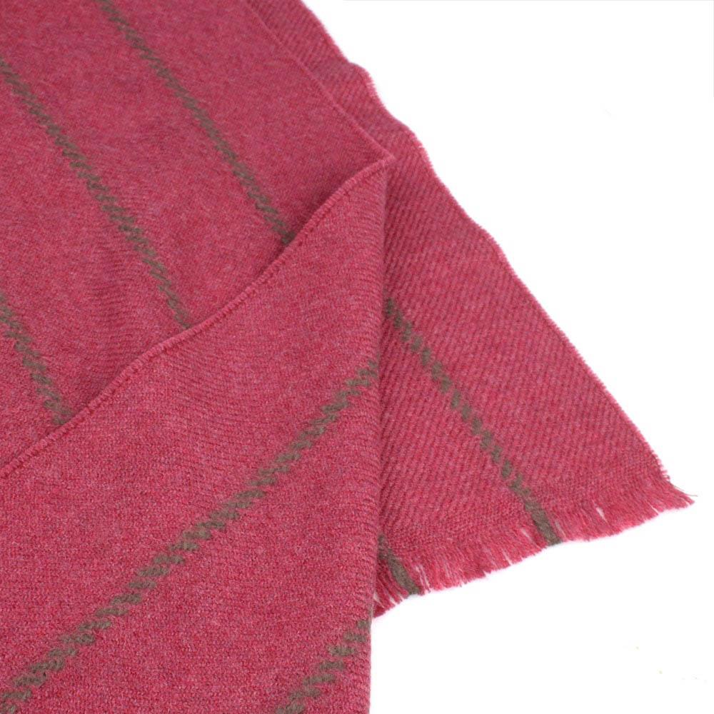 Теплый розовый шарф Maalbi в полоску из шерсти