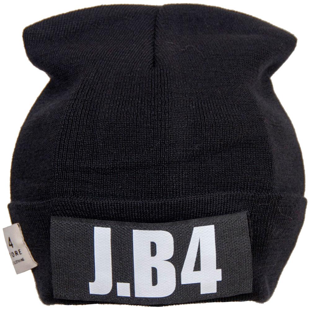 Черная шапка J.B4 Just Before с логотипом