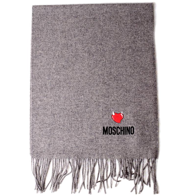 Серый шарф Moschino с брендированием