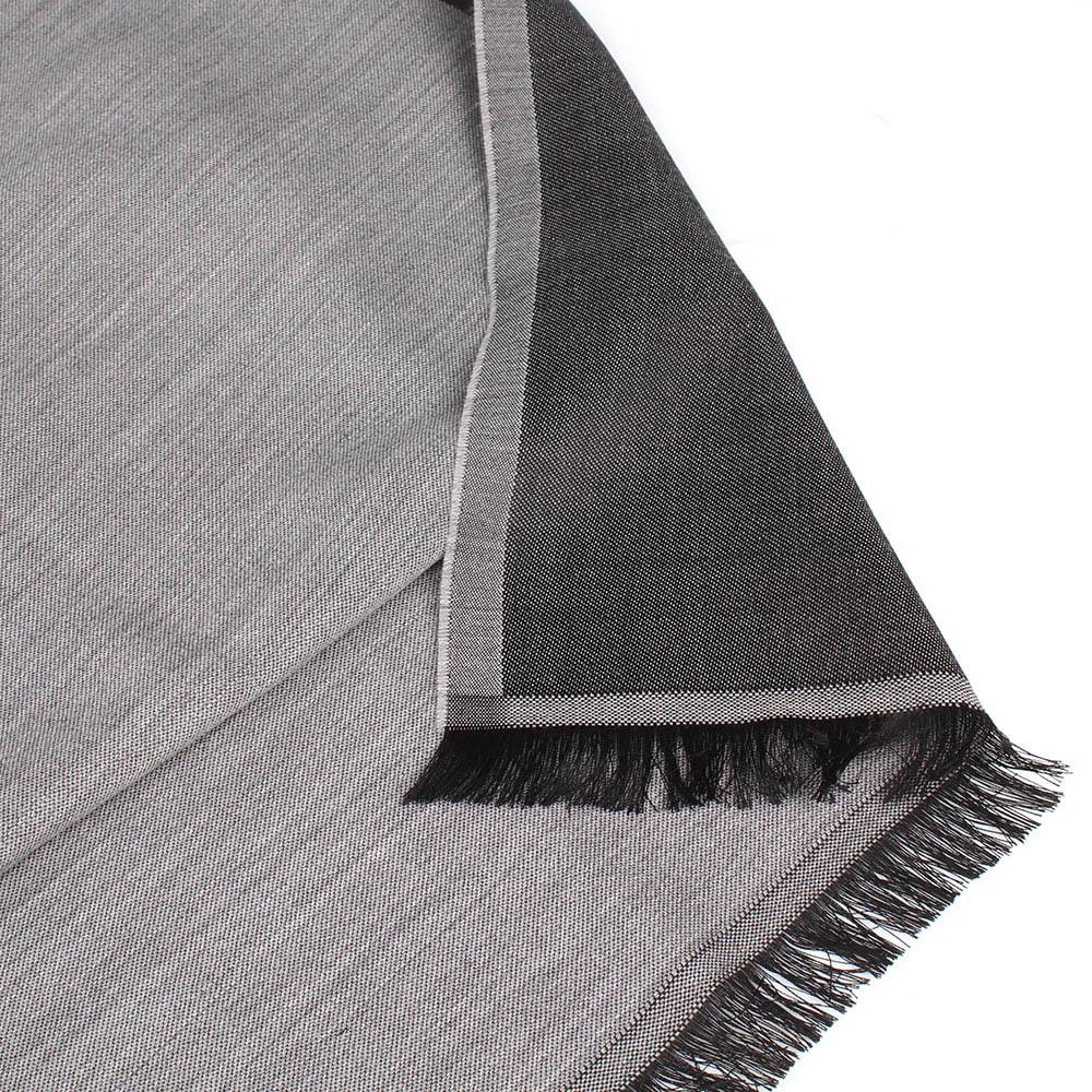 Палантин Maalbi серого цвета с черной бахромой