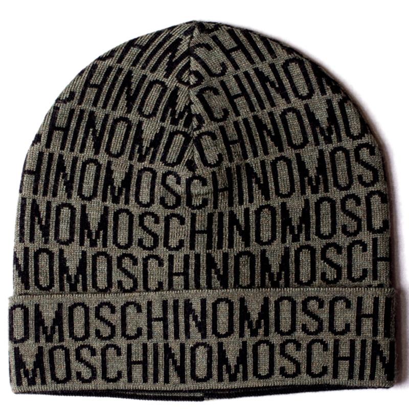 Шапка зеленого цвета Moschino с черным логотипом