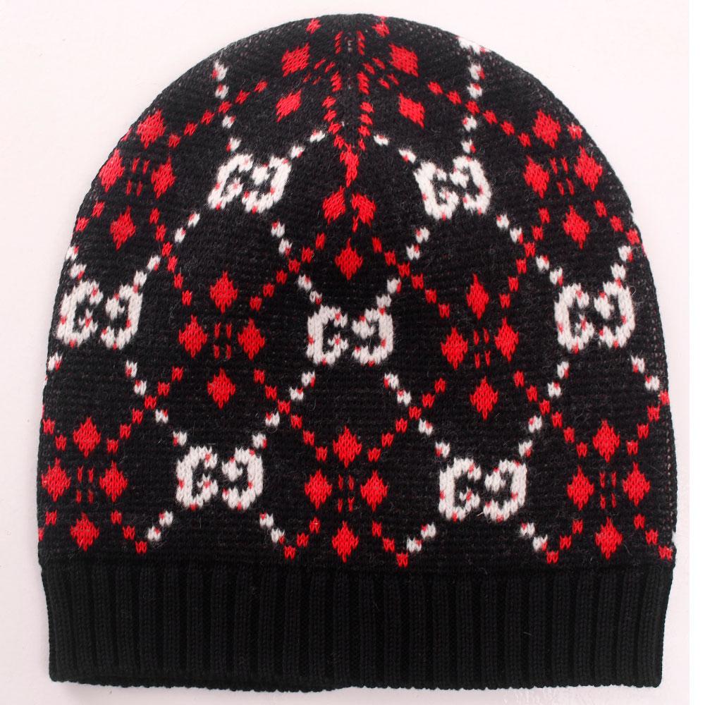 Черная шапка Gucci с орнаментом