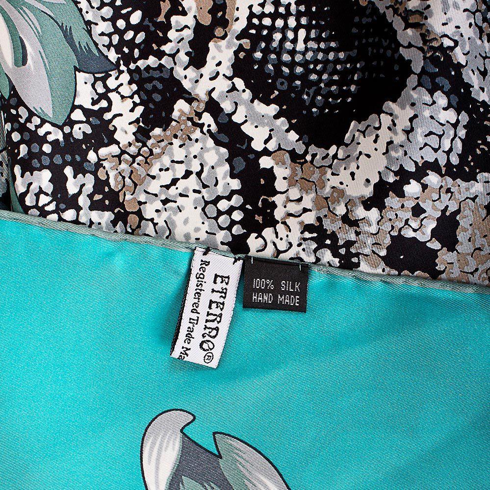 Шелковый платок Eterno бирюзовый с повторяющим рисунок шкуры рептилии принтом