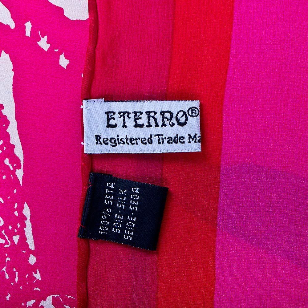 Шелковый платок Eterno ярко-розовый с fashion-принтом и красной каймой