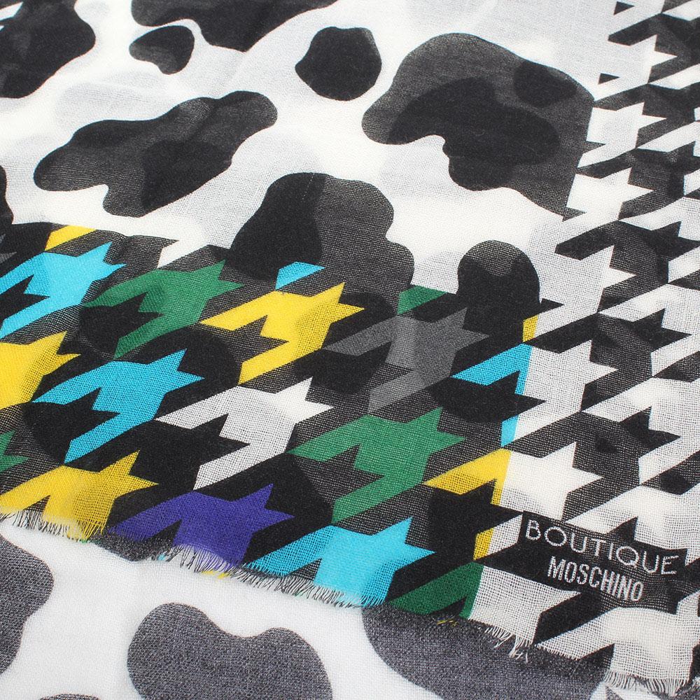 Черно-белый палантин Boutique Moschino из шерсти с ярким краем