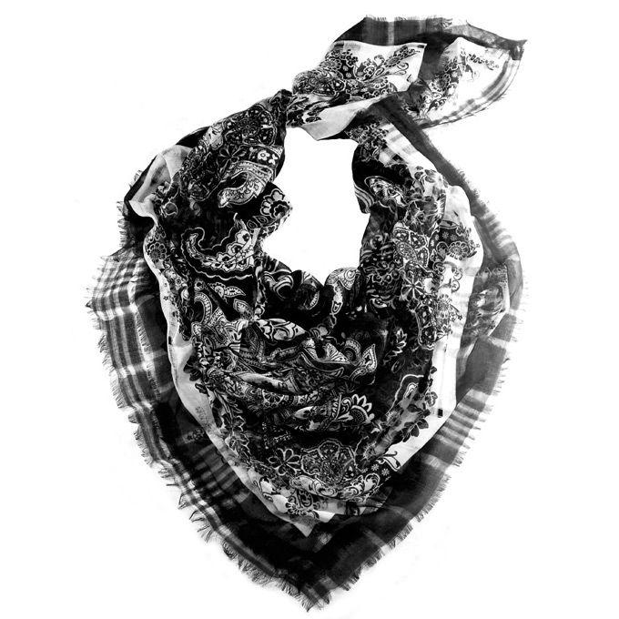 Платок-парео Fattorseta Африканский шик с цветочным принтом в черно-белом решении