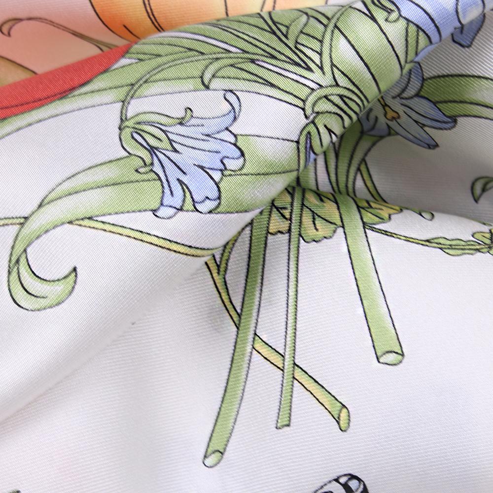 Белый платок Fattorseta с цветочным принтом