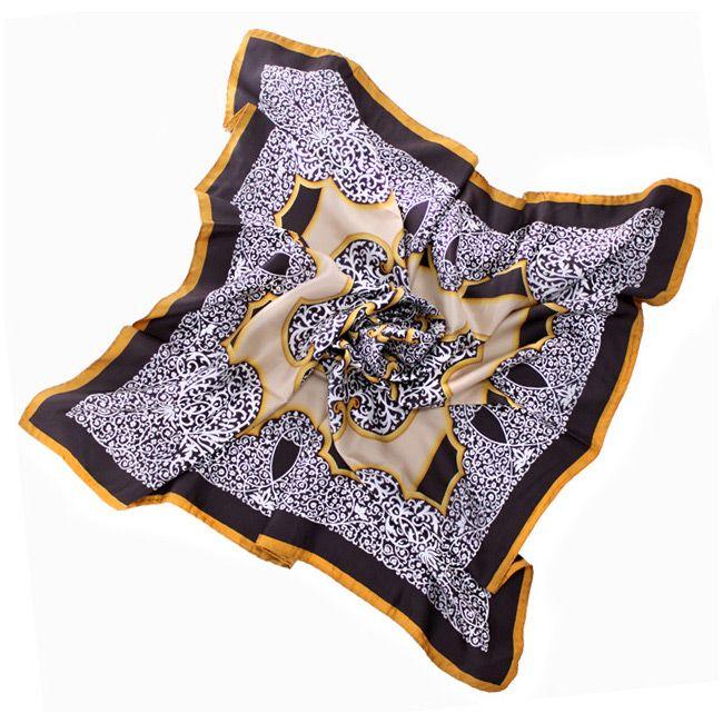 Изысканный шелковый итальянский платок с растительным принтом Fattorseta