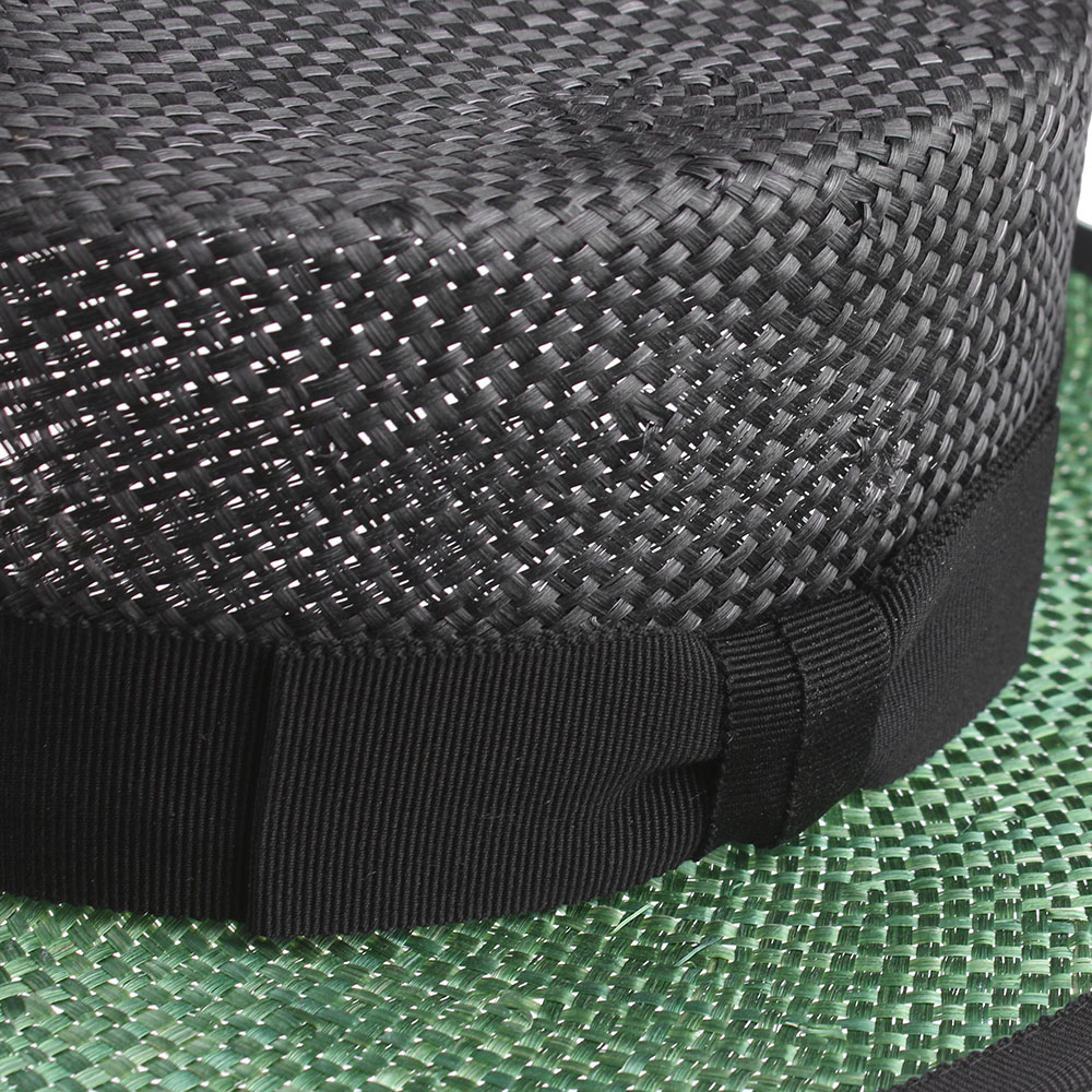 Черное канотье Shapelie с зеленым полем