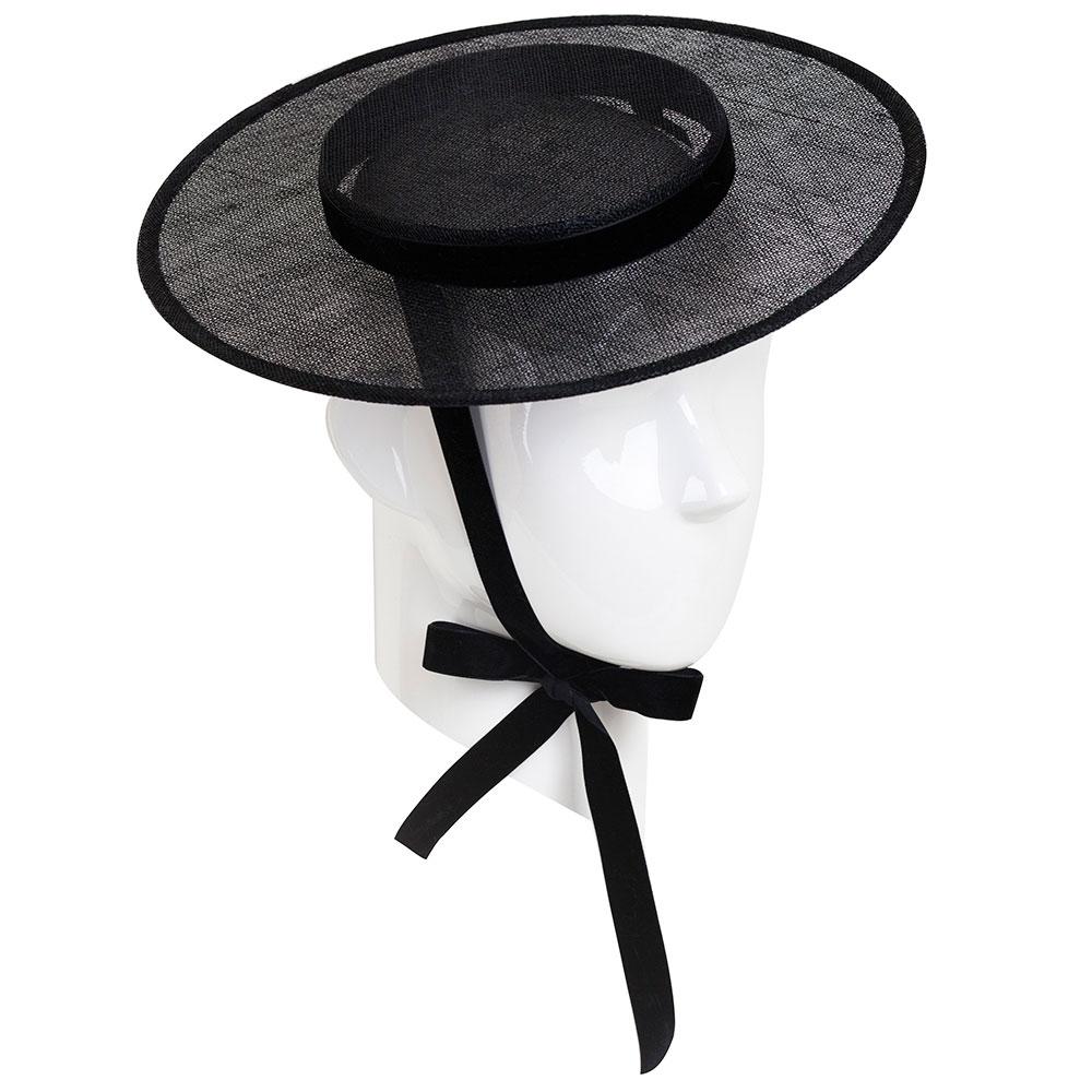 Шляпа черная Shapelie Джейн из синамей