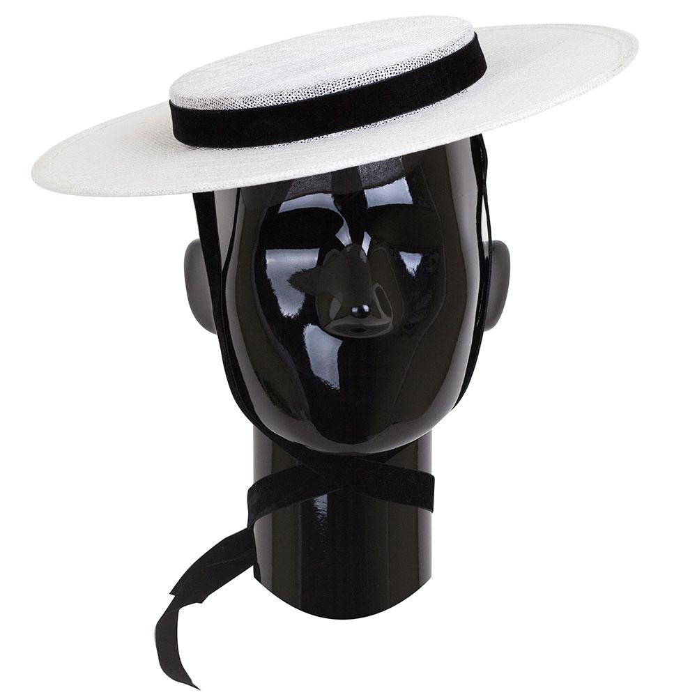 Женская шляпа Shapelie Джейн белого цвета с лентой
