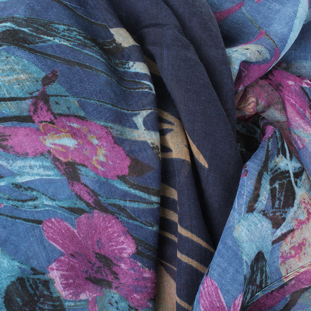 Шарф Tosca Blu Bonet с бирюзово-сиреневым рисунком