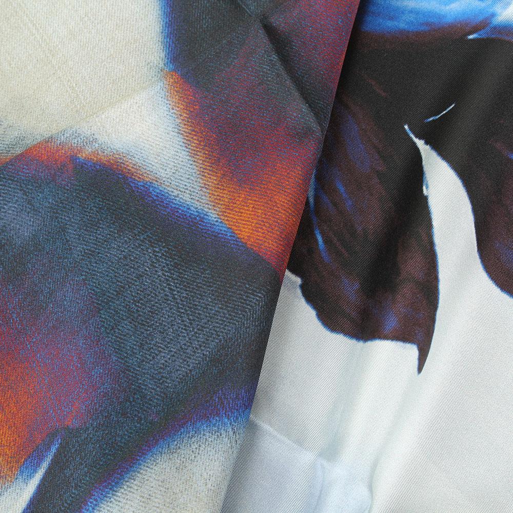 Платок из шелка Tosca Blu Forest tea с цветочным принтом