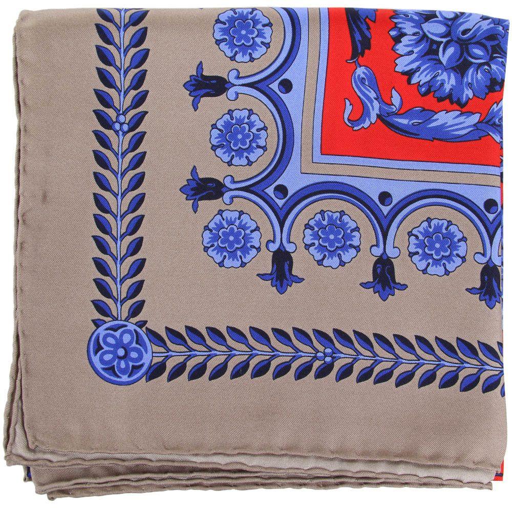 Женский платок Versace серого цвета с красно-синим орнаментом