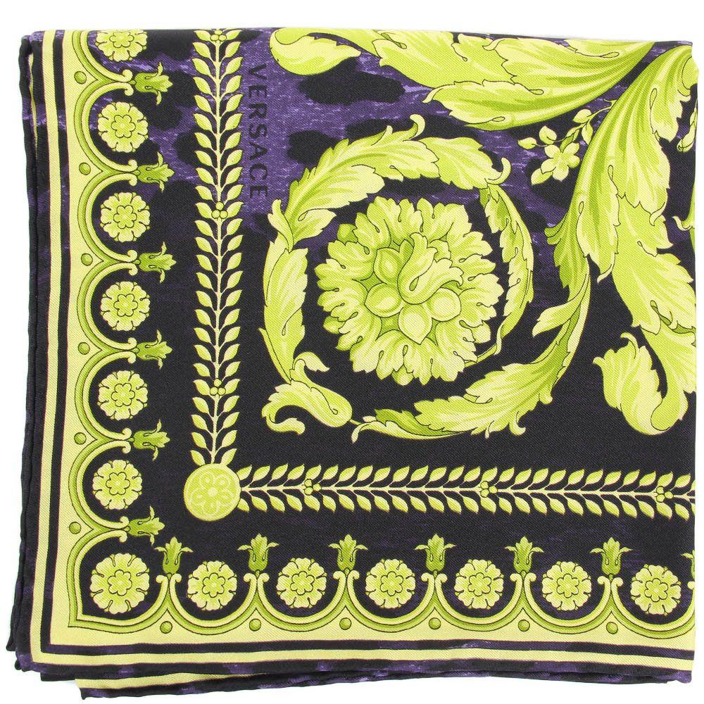 Платок Versace из натурального шелка фиолетового цвета с ярко-зеленым рисунком