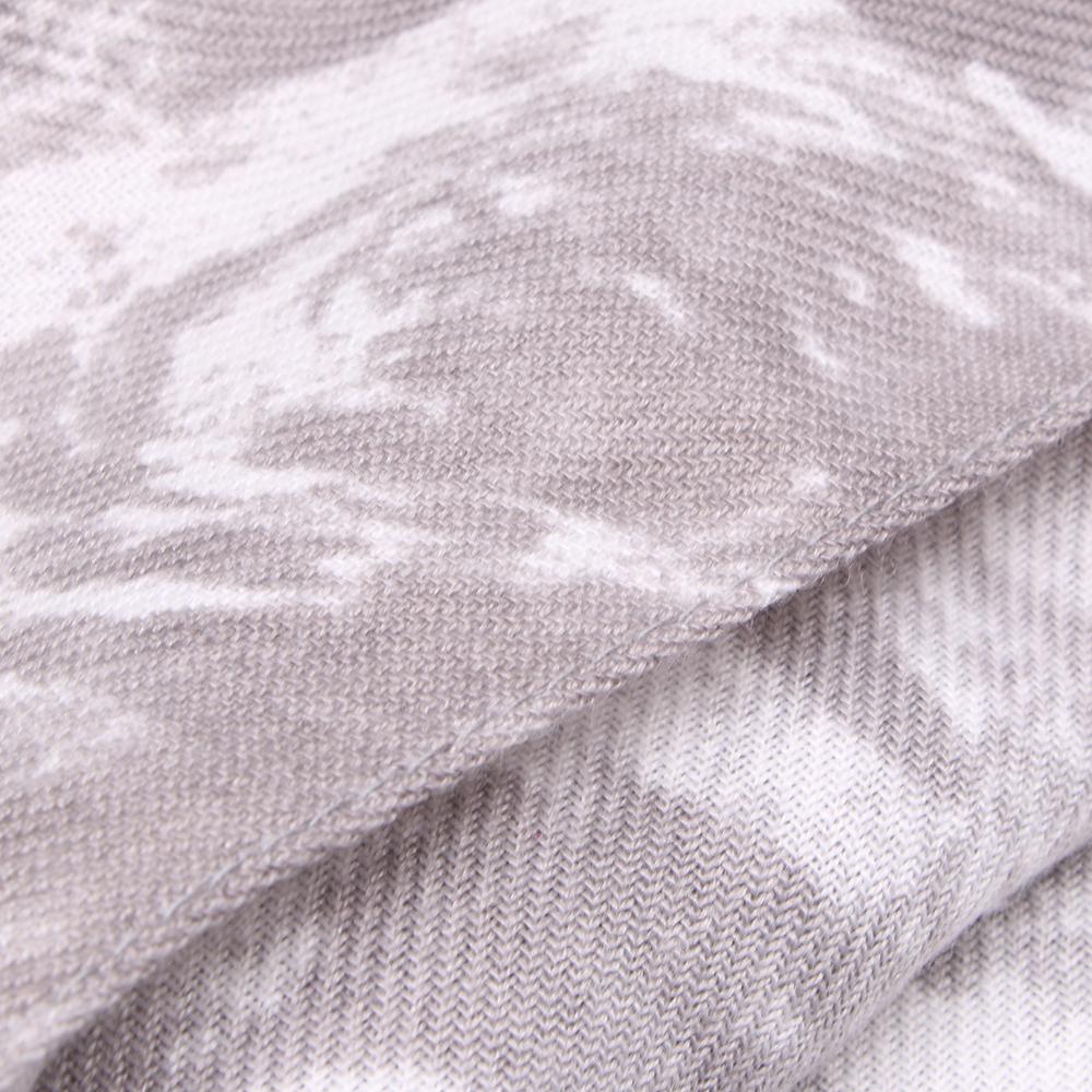 Серый палантин Fattorseta с белым принтом