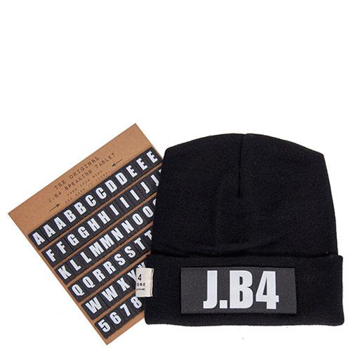 Черная шапка J.B4 Just Before с логотипом, фото