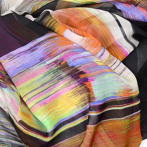 Легкий шелковый шарф Escada с цветным ярким принтом, фото