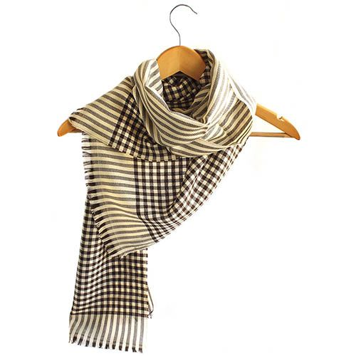 Широкий шерстяной шарф Maalbi в бежево-черную клеточку, фото