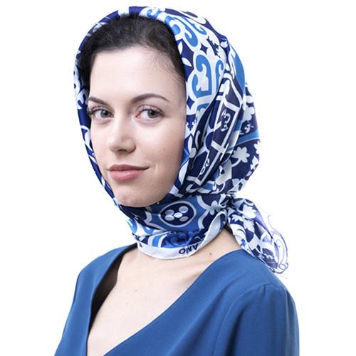 Шелковый платок Amo Accessori Majolica голубого цвета, фото