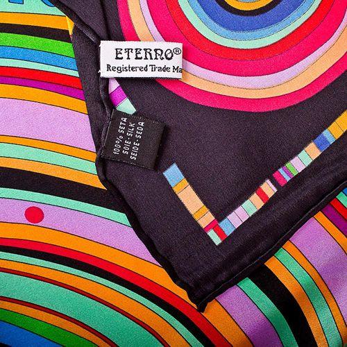 Шелковый платок Eterno с ярким принтом в виде дисков на черном фоне, фото
