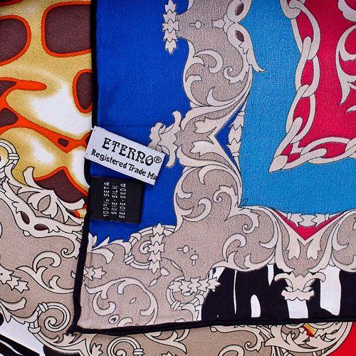 Шелковый платок Eterno с принтом в стиле фьюжн, фото