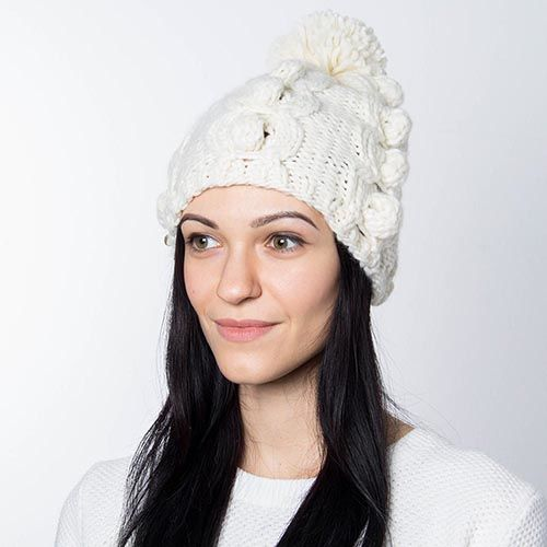 Шапка Hat You молочного цвета с балабоном, фото