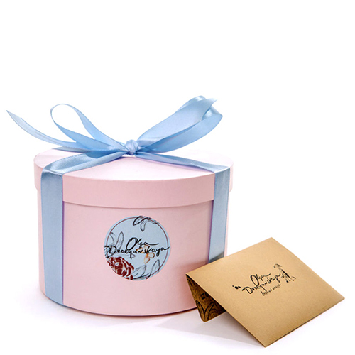 Розовый шейный платок D.OLYA by Olga Dvoryanskaya Spring с ручной обработкой шва, фото