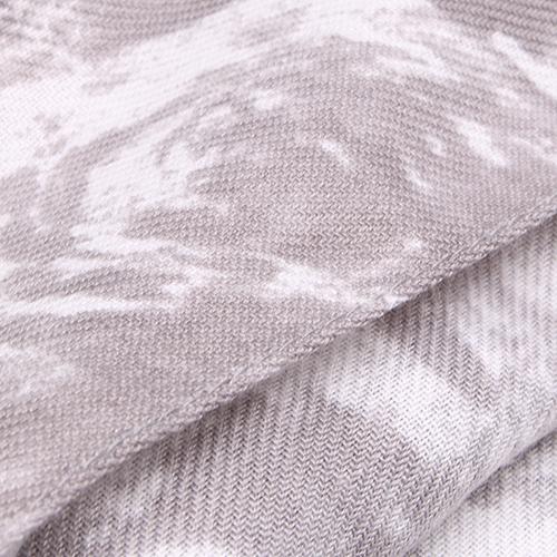 Серый палантин Fattorseta с белым принтом, фото